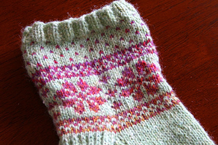 fair-isle-flower-sock