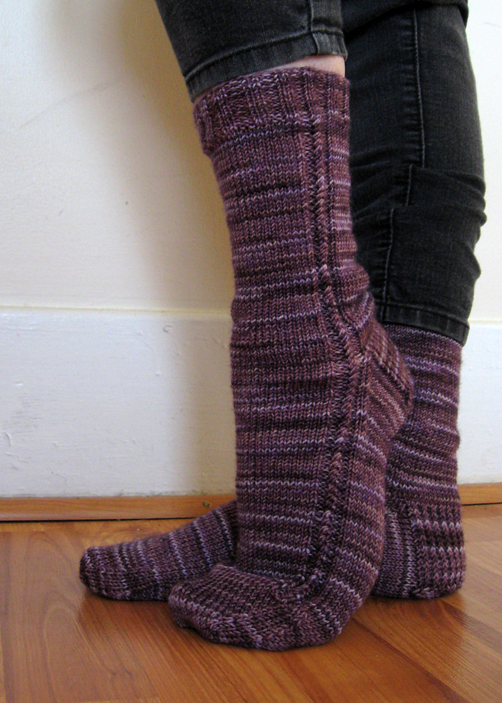 bitty-twist-socks